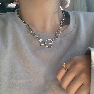 NWOT 18K white gold plated choker necklace